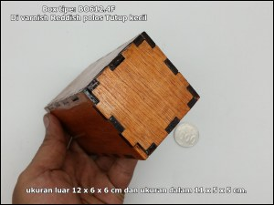 BOX kayu tipe BO612.4F - Polos di Varnish Reddish