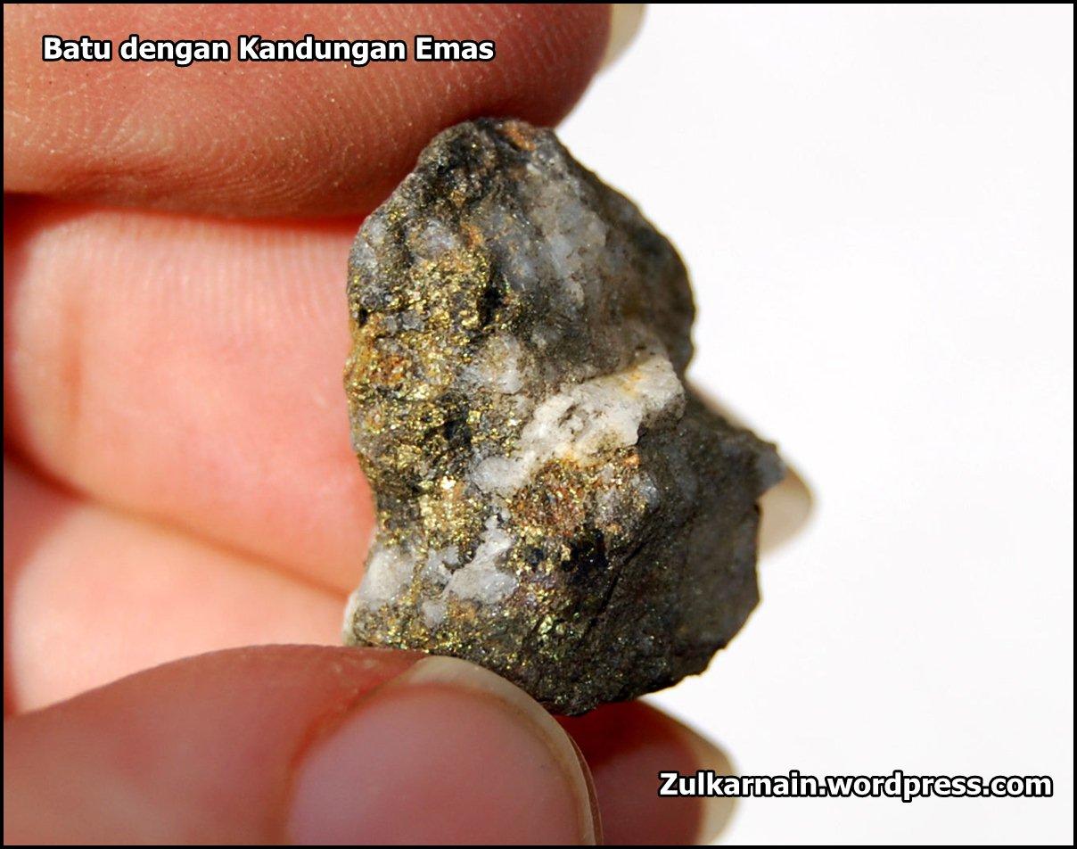 batu dengan kandungan emas